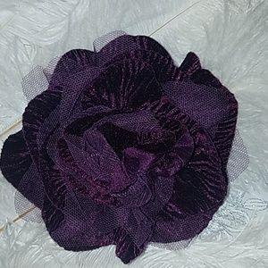 Flower Hairpiece/Brooch